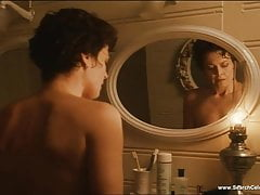 Sigourney Weaver in nude & sexy scenes - The best of in HD