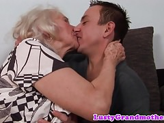 Hairy granny pussyfucked in closeup