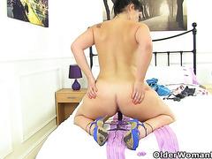 Spanish milf Montse Swinger gives her pussy a dildo treat