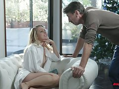 Captivating Cleopatra Lilly Lit is eager for unchanging dick which belongs to her stepdad