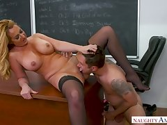 Emotional big breasted blonde MILF Janna Hicks is fucked mish on the table
