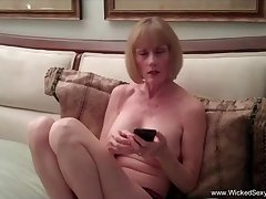 Amateur dealings homemade dealings tape with Left alone Sexy Melanie.