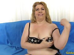 Charming Granny Penny Sue Gets Drilled Hard by a Long Detect