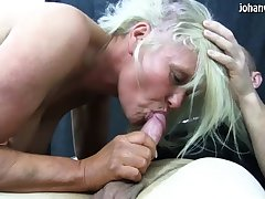 Matured amateur wife homemade doggystyle fuck
