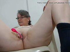 horny milf has her arch vibrator on cam in her pussy