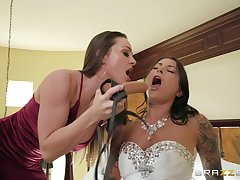 Abigail Mac prefers good fucking with will not hear of friend with a long strapon