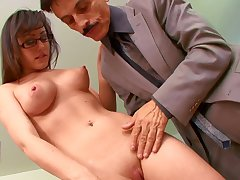Old boss with a big cock gets groupie from his secretary