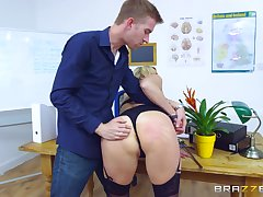 Young lover gets inexact when making MILF Brittany Bardot his bitch