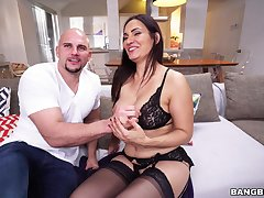 Sophie Leon gets her glum breasts fondled and cum-covered during hot tryst